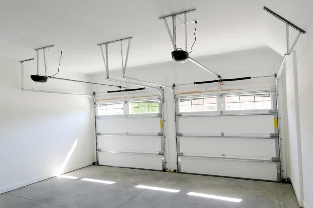 Garage door storm braces can help you prepare your home for a hurricane.